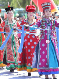 少数民族蒙古族服饰特点