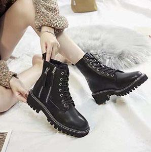 用一双短靴 搞定冬季所有的穿搭
